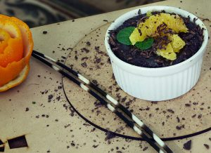 Lemon Zest Chocolate Pot